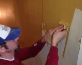 We Love Removing Old Wallpaper Interior And Exterior Painting